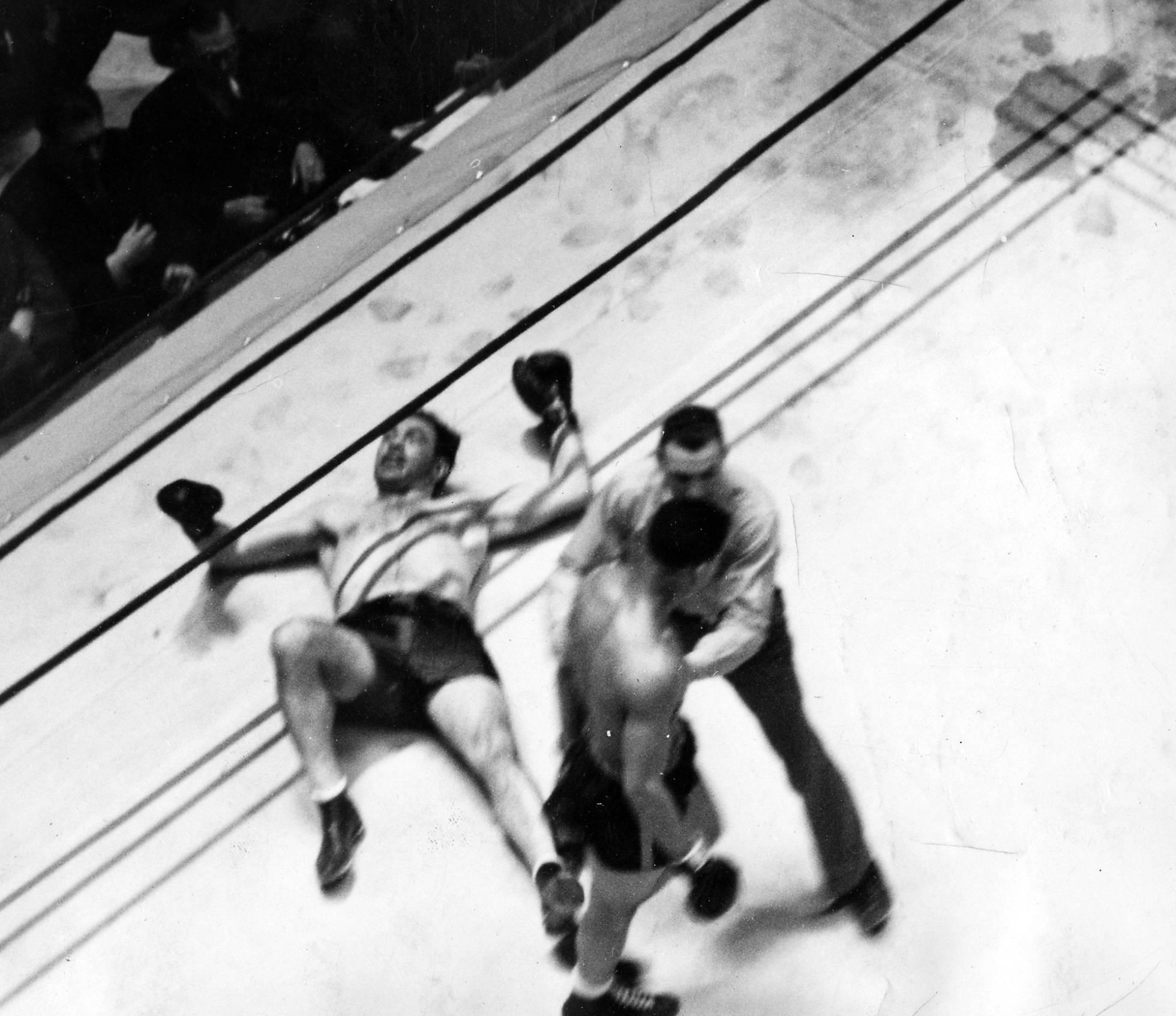Paulino Uzcudun, derrotado en su combate con Joe Louis, en 1935, en Nueva York